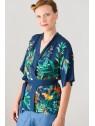 Vue de devant profil du Kimono hysteriko Bérénice Jungle marine