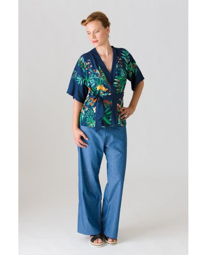 Vue de devant en pied du Kimono hysteriko Bérénice Jungle marine