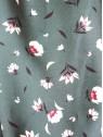 Détail motif du Snood hysteriko Sybille - Vert fleurs blanches